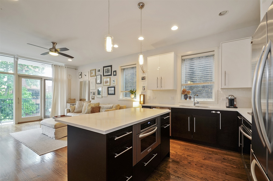 Real Estate Photography - 1542 N Artesian, 2, Chicago, IL, 60622 - Kitchen/Living