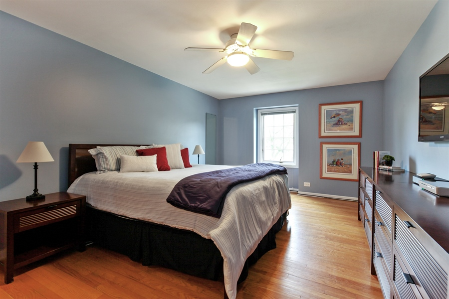 Real Estate Photography - 4025 Radcliffe Dr, Northbrook, IL, 60062 - Master Bedroom