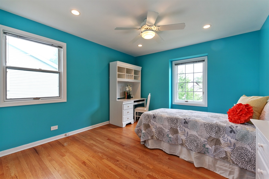 Real Estate Photography - 4025 Radcliffe Dr, Northbrook, IL, 60062 - 3rd Bedroom
