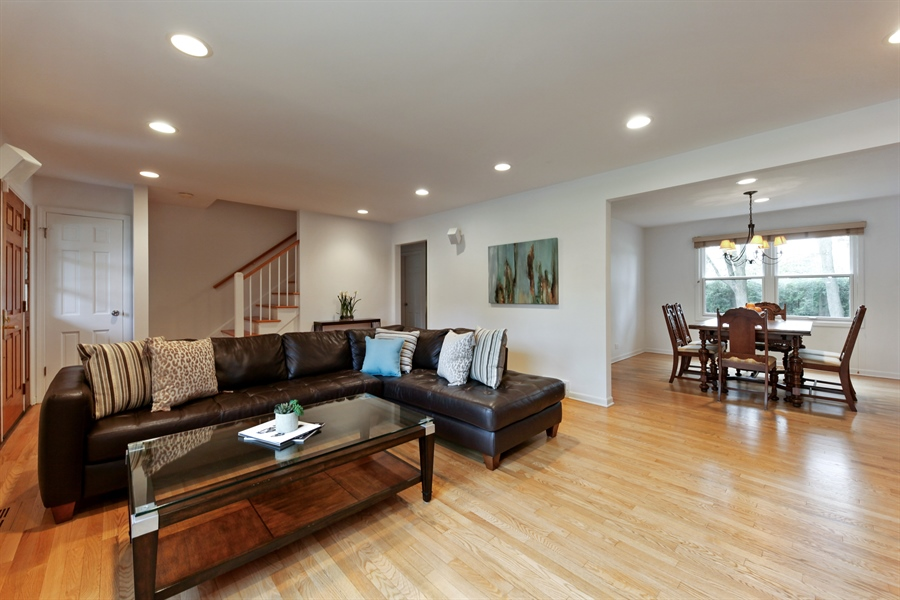 Real Estate Photography - 4025 Radcliffe Dr, Northbrook, IL, 60062 - Living Room / Dining Room