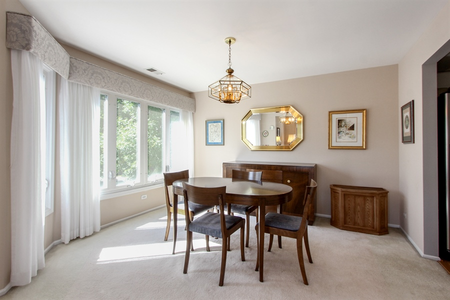 Real Estate Photography - 225 Lake Blvd, Unit 525, Buffalo Grove, IL, 60089 - Dining Room