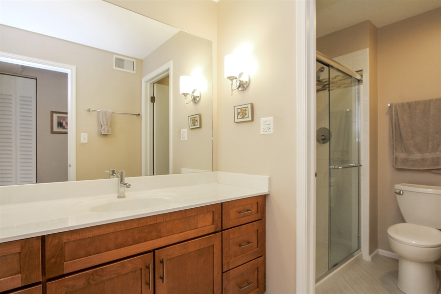 Real Estate Photography - 225 Lake Blvd, Unit 525, Buffalo Grove, IL, 60089 - Bathroom
