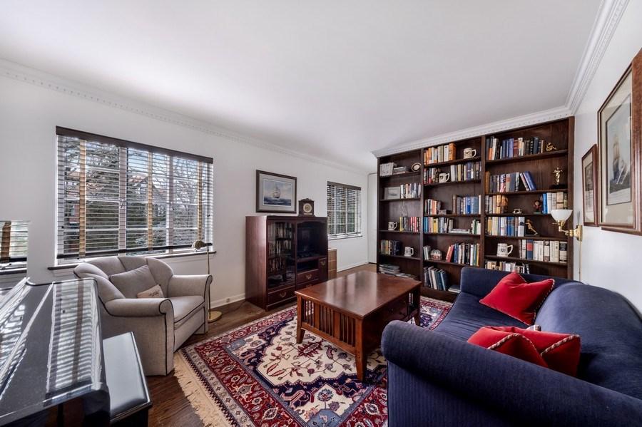 Real Estate Photography - 423 Northwood, Glencoe, IL, 60022 - 2nd Bedroom
