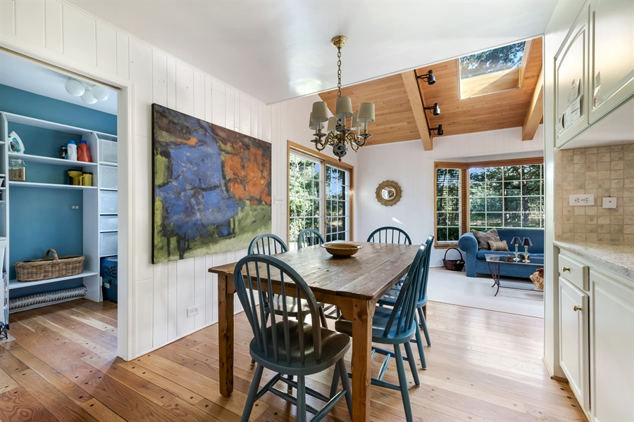 Real Estate Photography - 423 Northwood, Glencoe, IL, 60022 - Breakfast Area