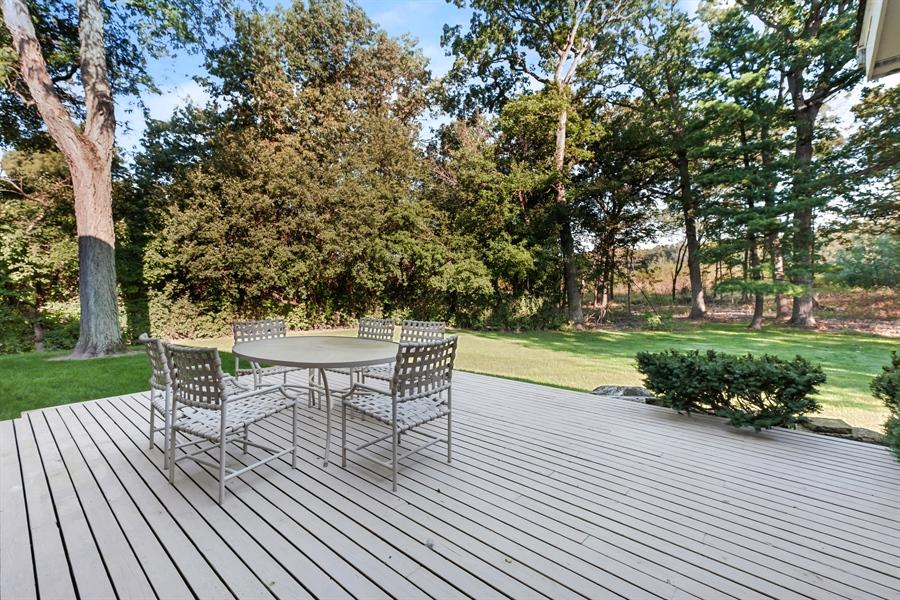 Real Estate Photography - 423 Northwood, Glencoe, IL, 60022 - Deck