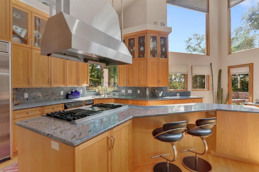 Real Estate Photography - 4950 Cynthia Drive, Bridgman, MI, 49106 - Kitchen