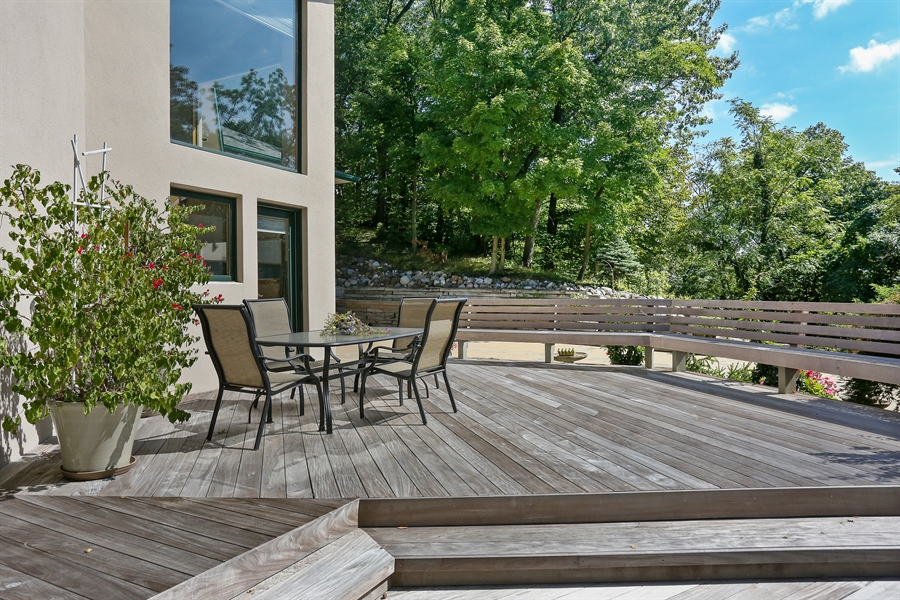 Real Estate Photography - 4950 Cynthia Drive, Bridgman, MI, 49106 - Deck