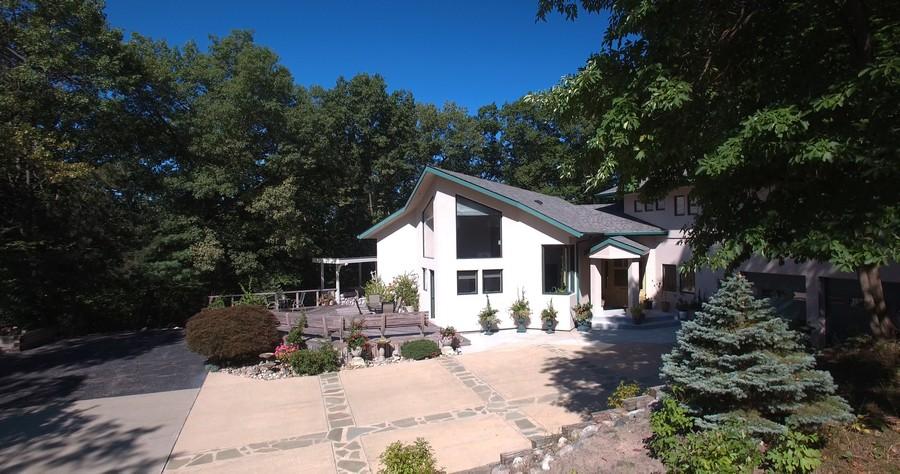 Real Estate Photography - 4950 Cynthia Drive, Bridgman, MI, 49106 - Front View