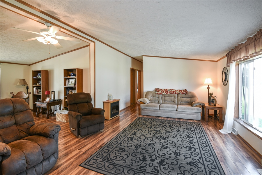 Real Estate Photography - 2175 w. Hinchman, Baroda, MI, 49101 - Living Room