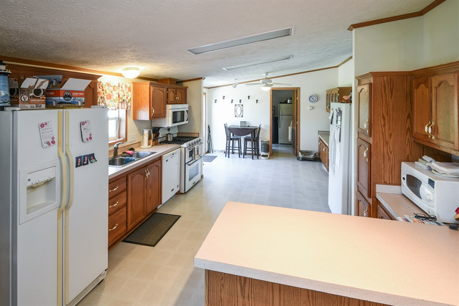 Real Estate Photography - 2175 w. Hinchman, Baroda, MI, 49101 - Kitchen / Breakfast Room