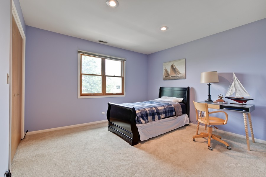 Real Estate Photography - 520 Newtown, Buffalo Grove, IL, 60089 -
