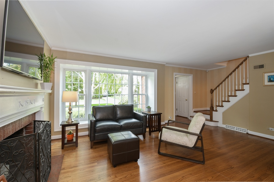 Real Estate Photography - 507 N Douglas Ave, Arlington Heights, IL, 60004 - Living Room