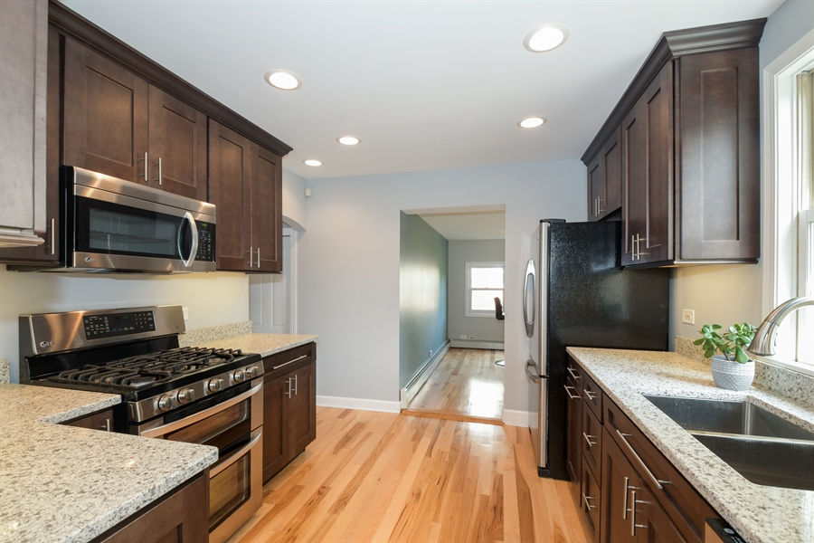 Real Estate Photography - 507 N Douglas Ave, Arlington Heights, IL, 60004 - Kitchen
