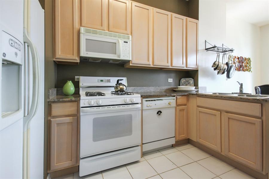 Real Estate Photography - 340 W Superior, unit 1602, Chicago, IL, 60654 - Kitchen