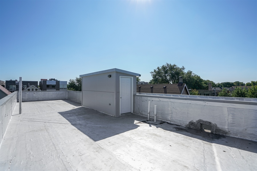 Real Estate Photography - 1806 N Mozart, Chicago, IL, 60647 - Roof Deck