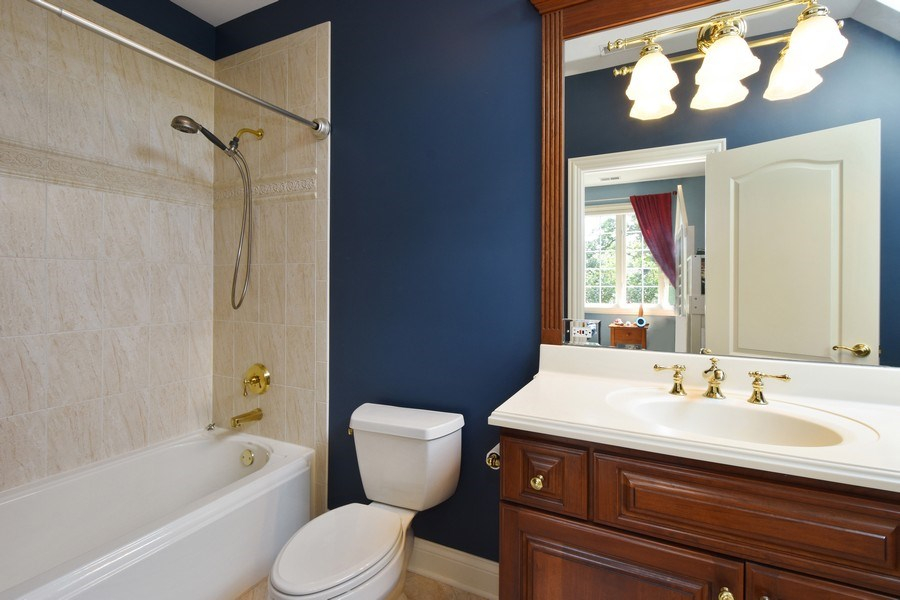 Real Estate Photography - 20580 W High Ridge Drive, Kildeer, IL, 60047 - 3rd Bathroom