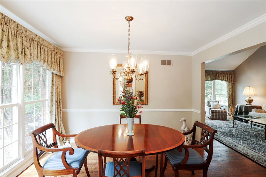 Real Estate Photography - 2 Warrington Drive, Lake Bluff, IL, 60044 - Dining Room