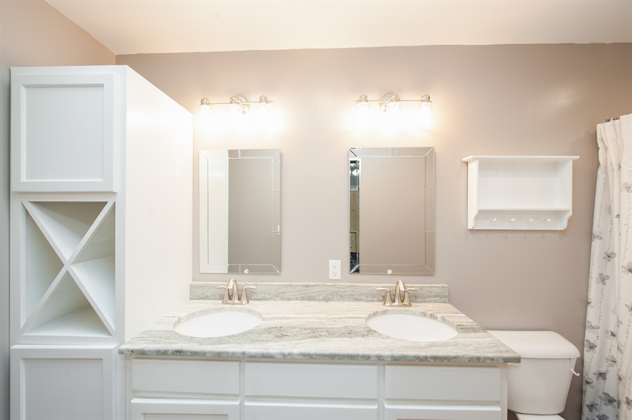 Real Estate Photography - 40105 97th St, Genoa City, WI, 53128 - Master Bathroom