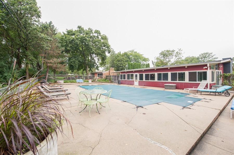 Real Estate Photography - 40105 97th St, Genoa City, WI, 53128 - Pool