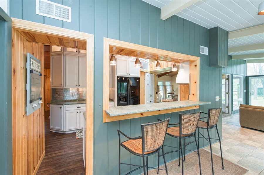 Real Estate Photography - 40105 97th St, Genoa City, WI, 53128 - Breakfast Area