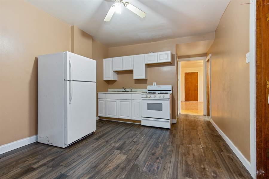 Real Estate Photography - 1815 S Avers, Chicago, IL, 60623 - Kitchen