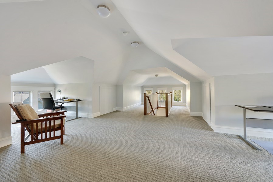 Real Estate Photography - 1623 Washington Ave, Wilmette, IL, 60091 - 3rd Floor