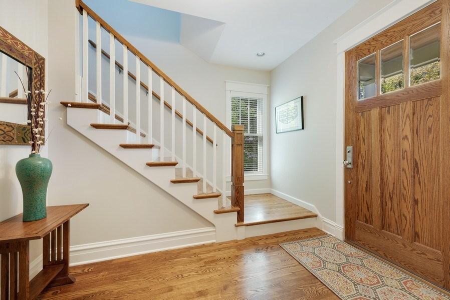 Real Estate Photography - 1623 Washington Ave, Wilmette, IL, 60091 - Foyer