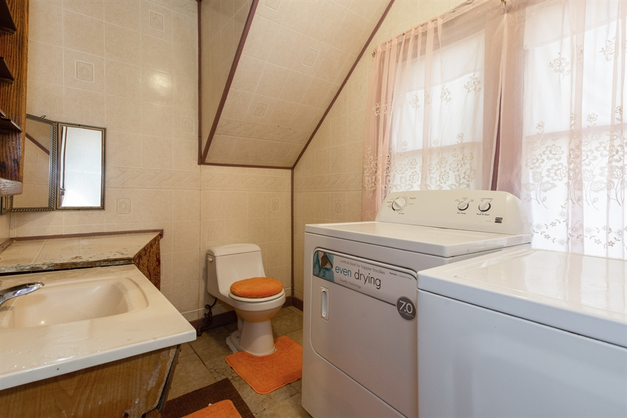 Real Estate Photography - 556 N Central Ave, Chicago, IL, 60644 - Bathroom