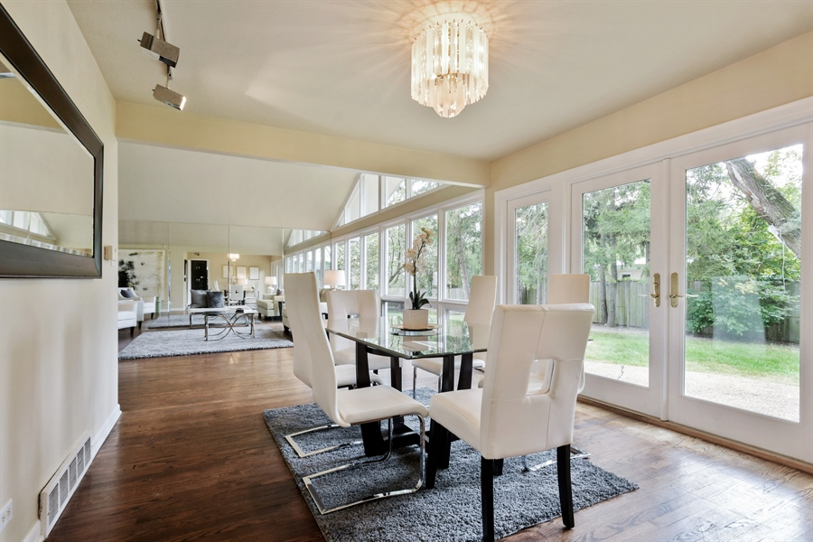 Real Estate Photography - 383 Seven Pines, Highland Park, IL, 60035 - Dining Room