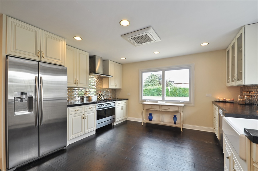Real Estate Photography - 7200 Lyons St, Morton Grove, IL, 60053 - Kitchen