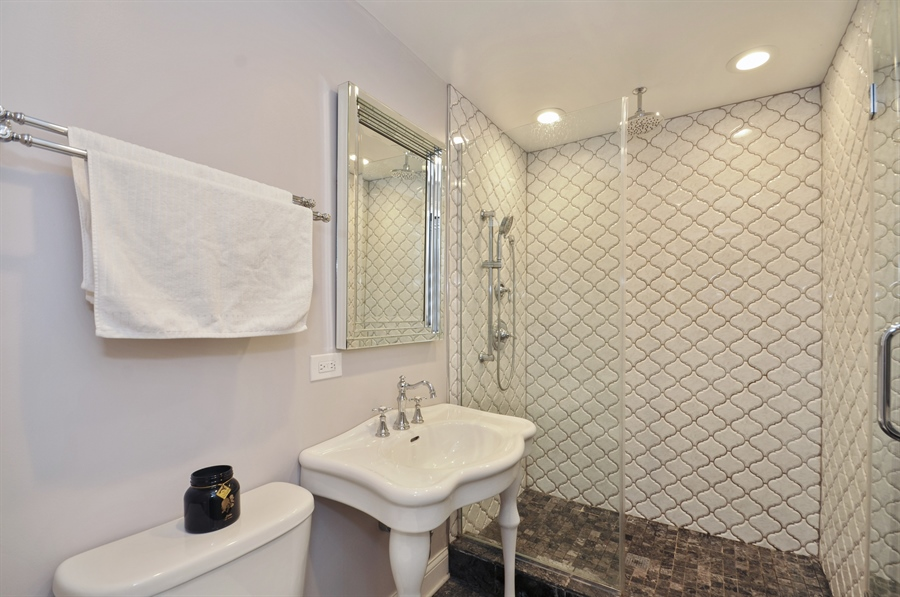 Real Estate Photography - 7200 Lyons St, Morton Grove, IL, 60053 - Bathroom