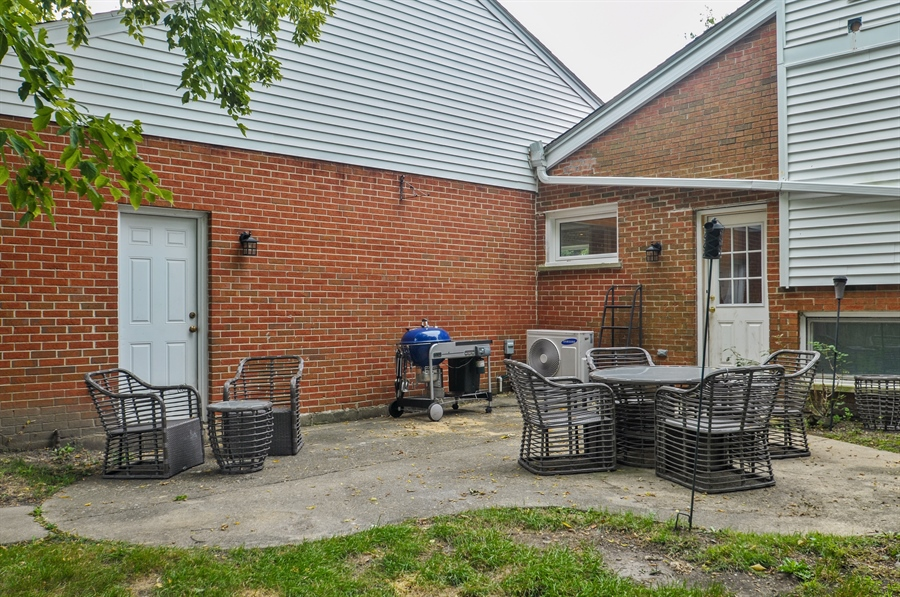 Real Estate Photography - 7200 Lyons St, Morton Grove, IL, 60053 - Patio