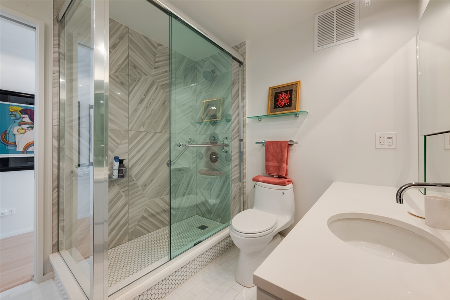 Real Estate Photography - 505 N. Lake Shore Drive, 6010, Chicago, IL, 60611 - Guest/2nd Bathroom