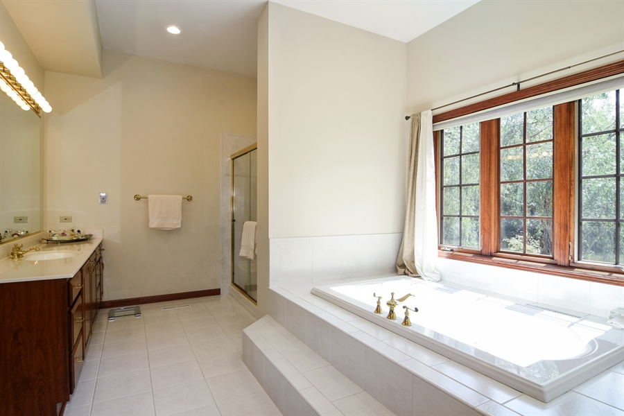 Real Estate Photography - 26541 Pond Shore, Wauconda, IL, 60084 - Master Bathroom