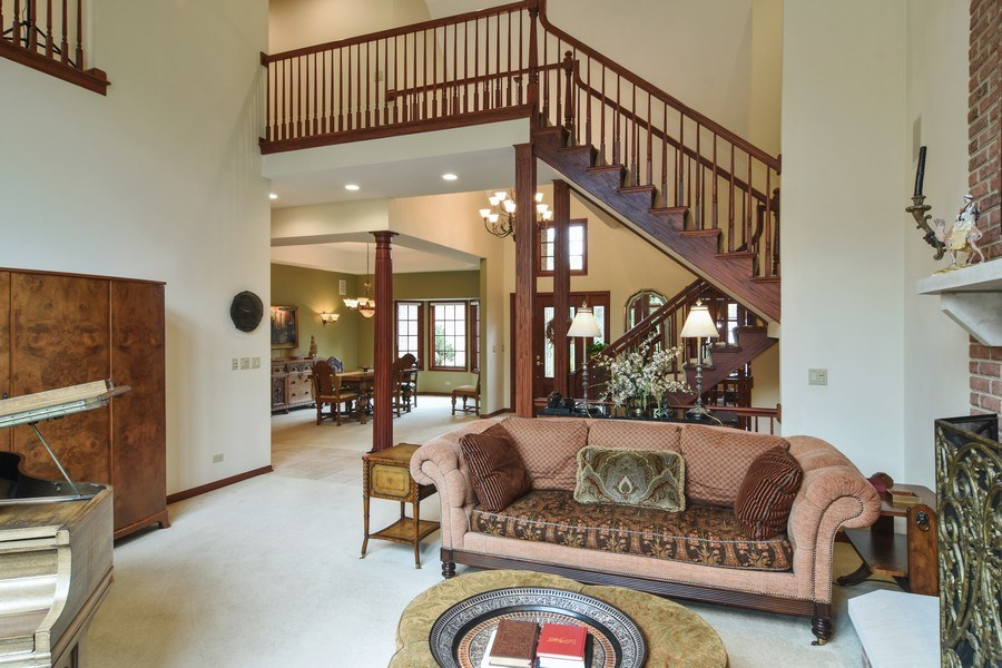 Real Estate Photography - 26541 Pond Shore, Wauconda, IL, 60084 - Living Room