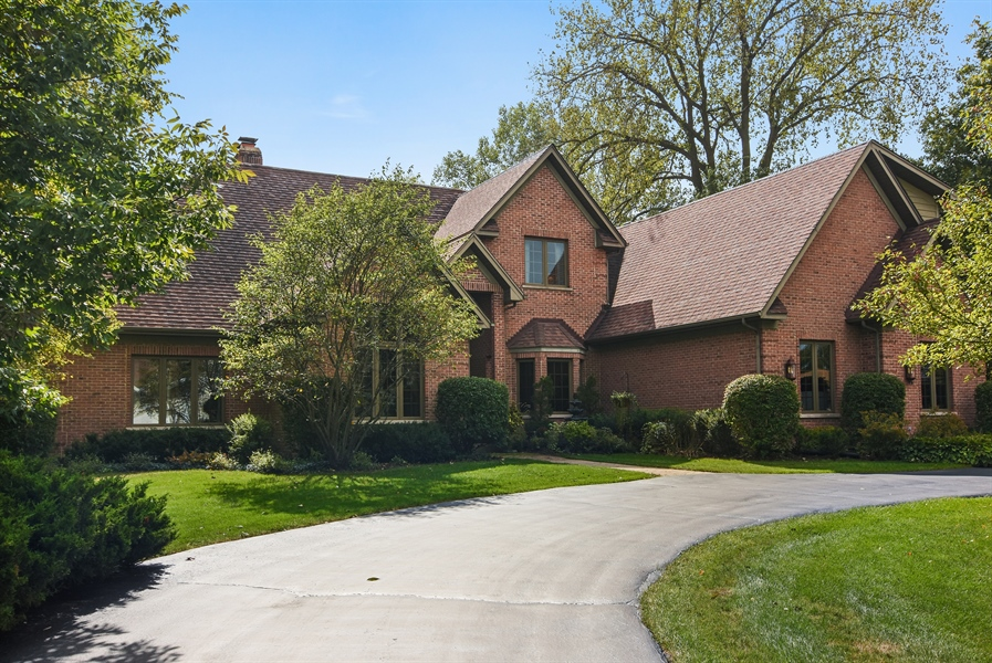 Real Estate Photography - 26541 Pond Shore, Wauconda, IL, 60084 - Front View