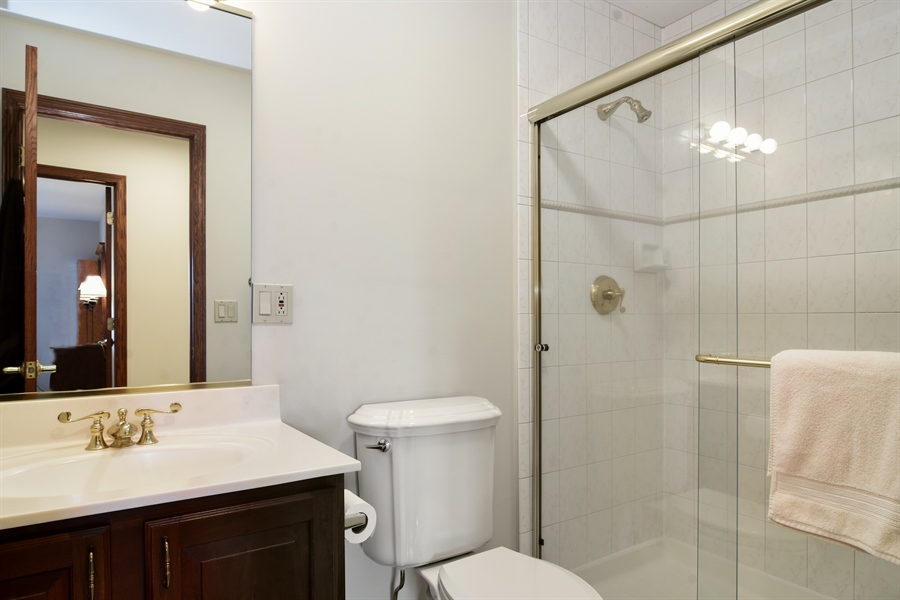 Real Estate Photography - 26541 Pond Shore, Wauconda, IL, 60084 - Hall Bathroom