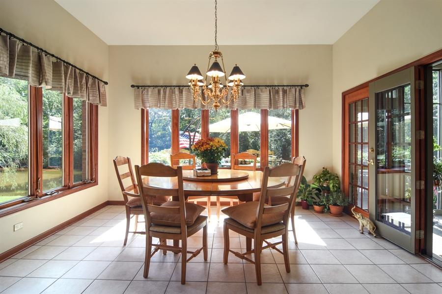Real Estate Photography - 26541 Pond Shore, Wauconda, IL, 60084 - Breakfast Nook