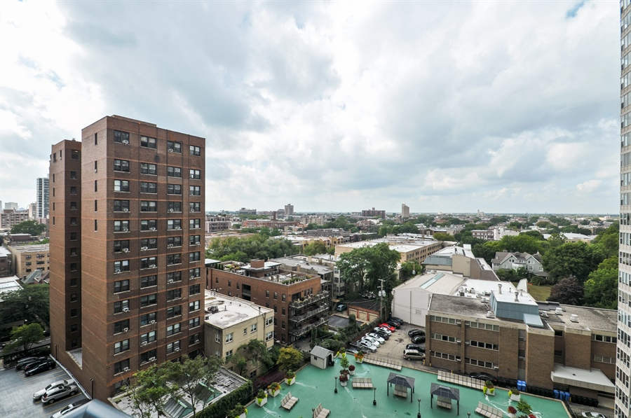 Real Estate Photography - 3430 Lake Shore Dr., 12M, Chicago, IL, 60657 - View