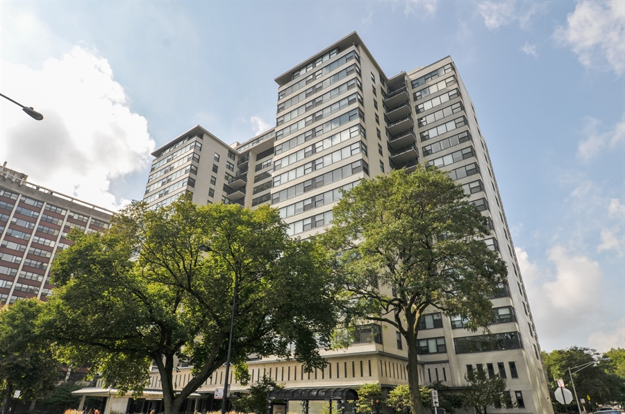 Real Estate Photography - 3430 Lake Shore Dr., 12M, Chicago, IL, 60657 - Front View