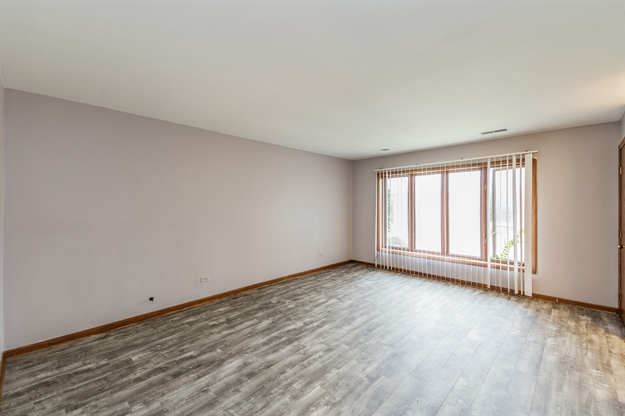 Real Estate Photography - 1660 S Mannheim road, westchester, IL, 60154 - Living Room