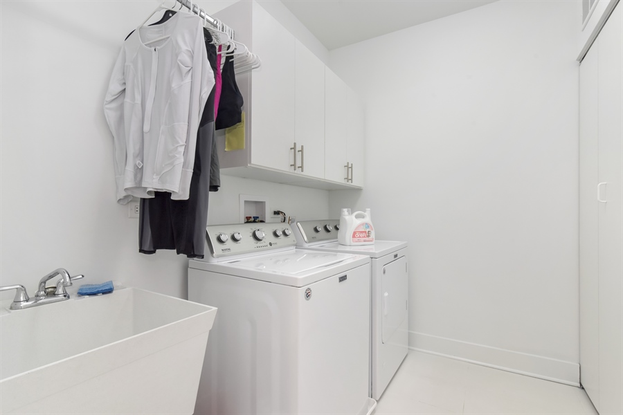 Real Estate Photography - 1534 W Montana, Chicago, IL, 60614 - Laundry Room