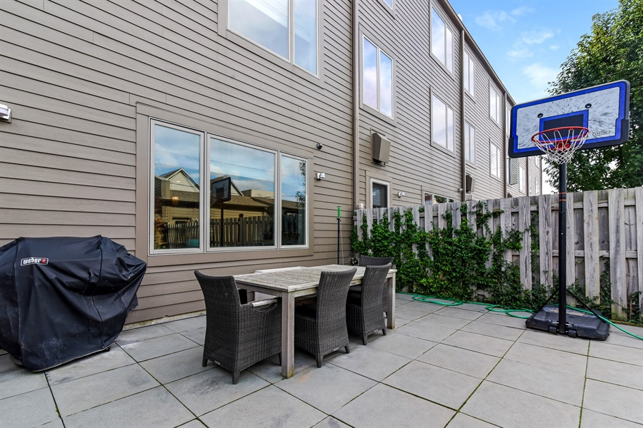 Real Estate Photography - 1534 W Montana, Chicago, IL, 60614 - Patio