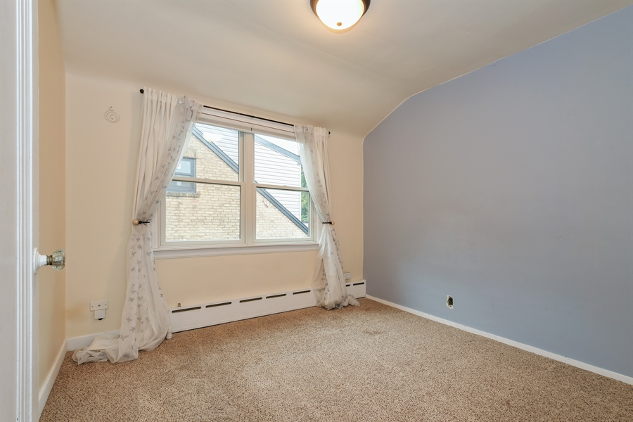 Real Estate Photography - 6612 N Chicora Ave, Chicago, IL, 60612 - 2nd Bedroom