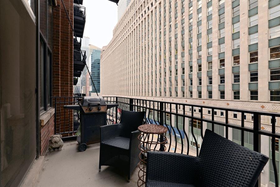 Real Estate Photography - 333 W Hubbard, 618, Chicago, IL, 60654 - Balcony