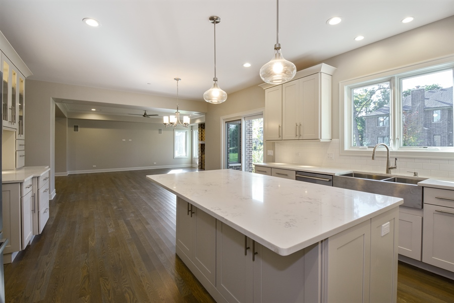 Real Estate Photography - 253 Mark Lane, Lake Zurich, IL, 60047 - Kitchen