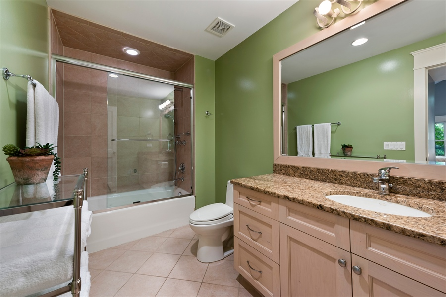 Real Estate Photography - 710 Elder Ct., Glencoe, IL, 60022 - Bedroom 2 Bath