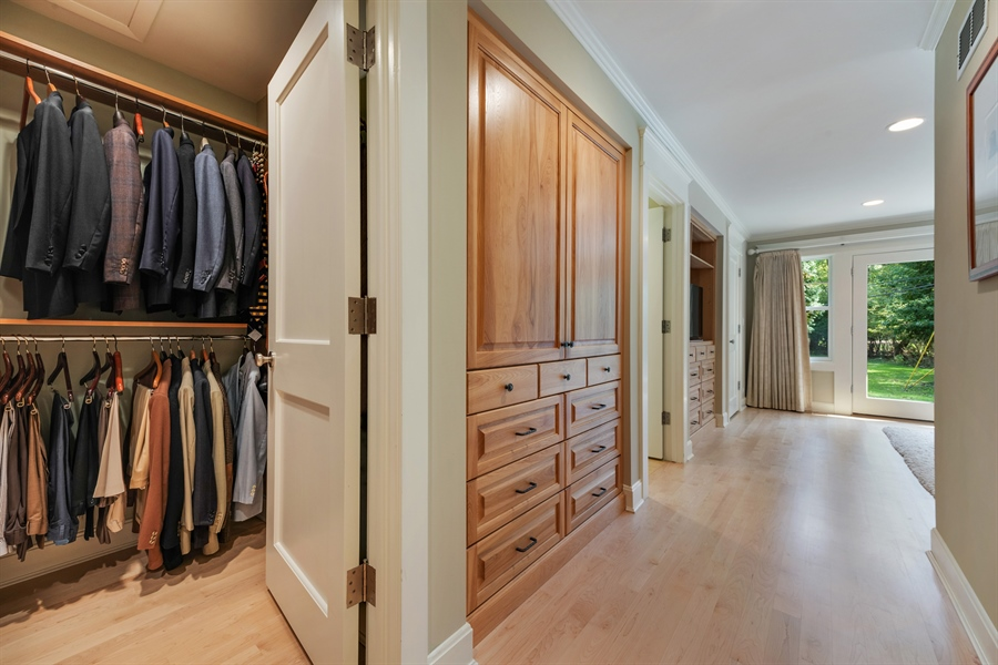 Real Estate Photography - 710 Elder Ct., Glencoe, IL, 60022 - Master Bedroom Closet