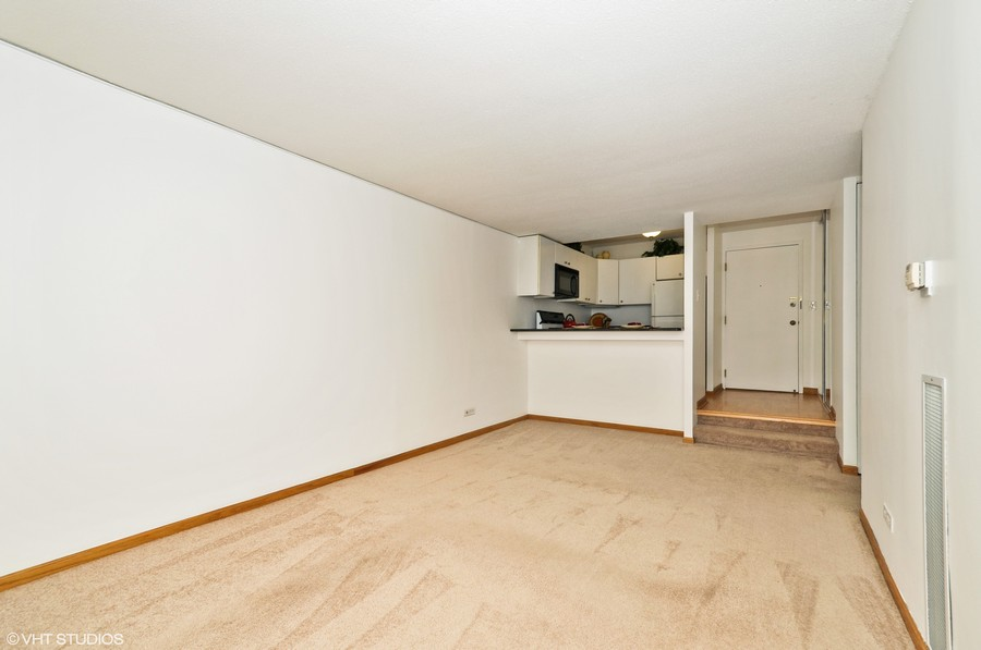 Real Estate Photography - 230 E Ontario St, 1603, Chicago, IL, 60611 - Living Room