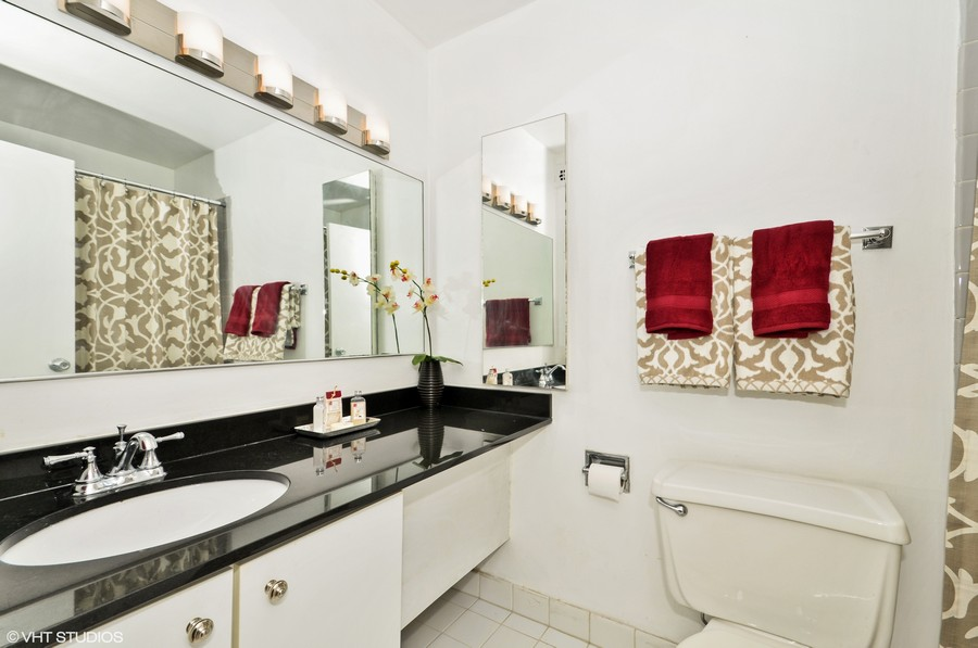 Real Estate Photography - 230 E Ontario St, 1603, Chicago, IL, 60611 - Bathroom
